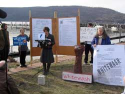 A meeting geared at sharing information about radioactive leaks at Indian Point drew record crowds-and boycotters.